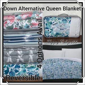 Charisma Down Alternative Queen Blanket,Reversible